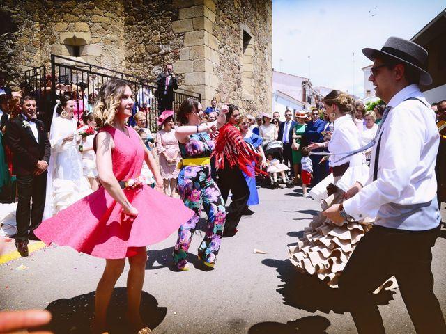 La boda de J. Manuel y Cristina en Majadas, Cáceres 21