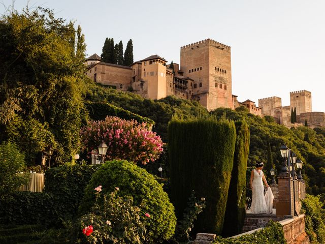 La boda de Tom y Carmen en Granada, Granada 17