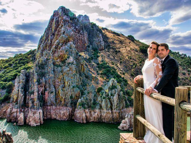 La boda de Javier y Ana en Zarza De Granadilla, Cáceres 3