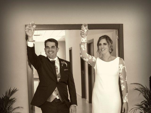 La boda de Javier y Ana en Zarza De Granadilla, Cáceres 21
