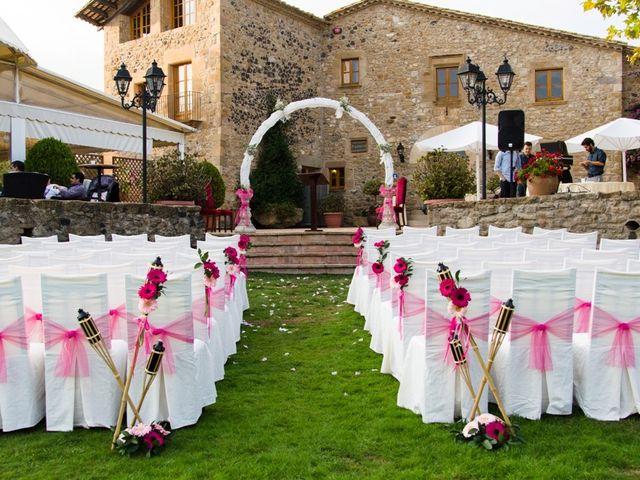 La boda de Javier  y Patricia en Canet D'adri, Girona 8