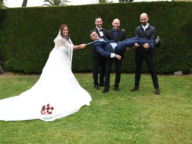 La boda de Iker y Carla en Sondika, Vizcaya 19