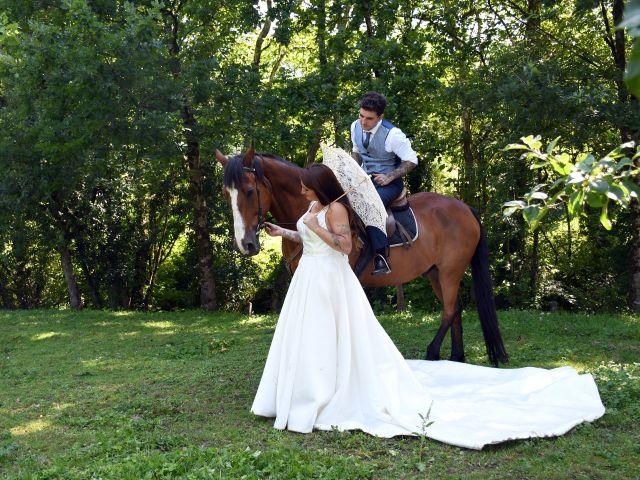 La boda de Iker y Carla en Sondika, Vizcaya 32