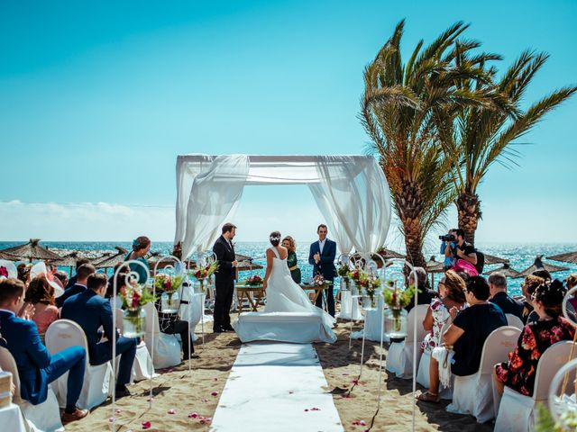 La boda de Manolo y Andrea en Marbella, Málaga 4
