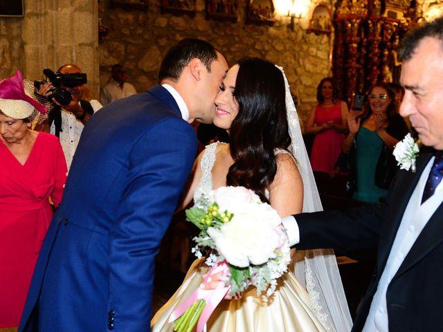 La boda de Nacho y Laura en Navalmoral De La Mata, Cáceres 31