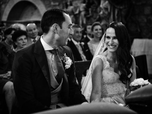 La boda de Nacho y Laura en Navalmoral De La Mata, Cáceres 35