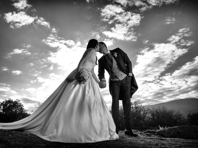 La boda de Nacho y Laura en Navalmoral De La Mata, Cáceres 46