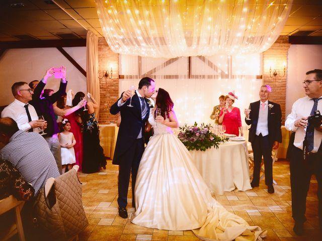 La boda de Nacho y Laura en Navalmoral De La Mata, Cáceres 56
