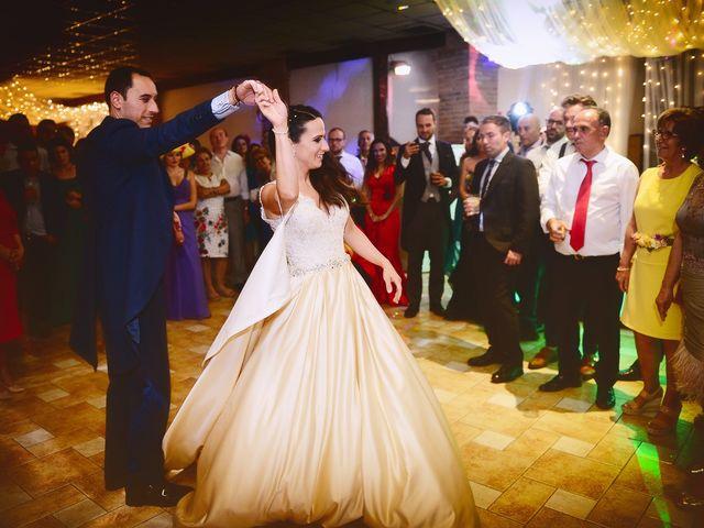 La boda de Nacho y Laura en Navalmoral De La Mata, Cáceres 61