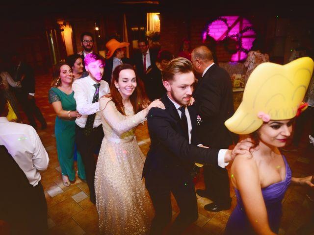 La boda de Nacho y Laura en Navalmoral De La Mata, Cáceres 64