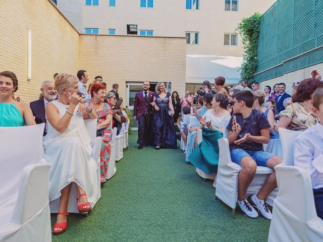 La boda de Alex y Natalia en Zaragoza, Zaragoza 47