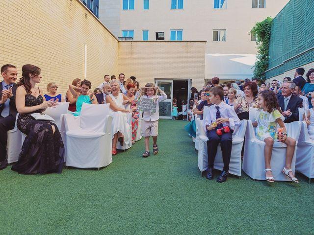 La boda de Alex y Natalia en Zaragoza, Zaragoza 48