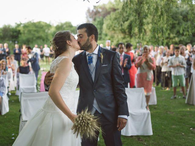La boda de Sergio y Virginia en Santa Maria De Mave, Palencia 17