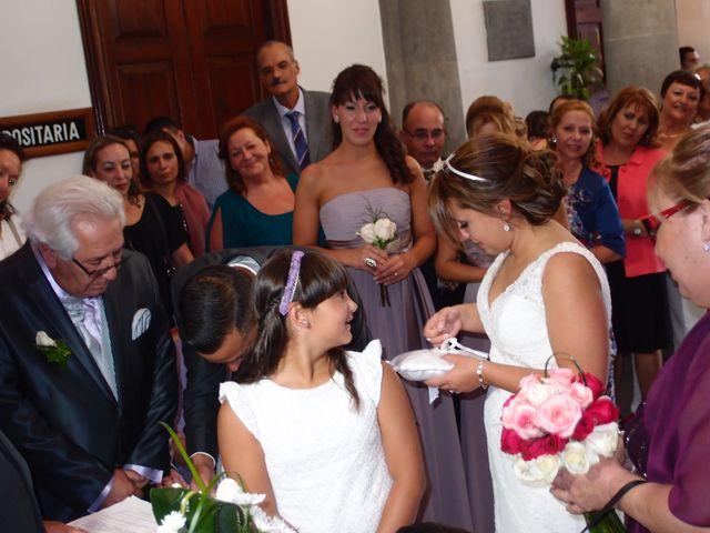 La boda de Jose y Vicky en Las Palmas De Gran Canaria, Las Palmas 3