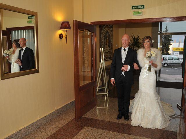 La boda de Pedro y Casi en Mérida, Badajoz 20
