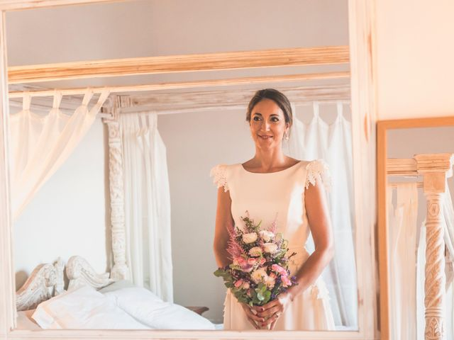 La boda de Oscar y Laura en San Juan De Alicante, Alicante 20