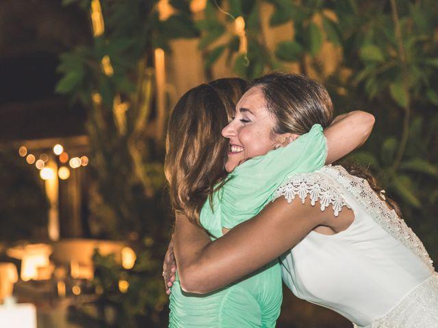 La boda de Oscar y Laura en San Juan De Alicante, Alicante 36