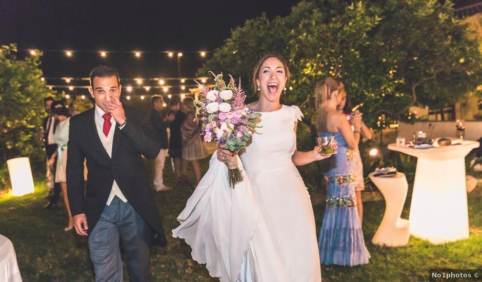 La boda de Oscar y Laura en San Juan De Alicante, Alicante