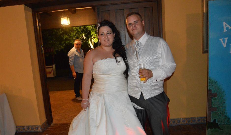 La boda de Antonio y Veronica en Estación Ferrea De San Roque, Cádiz