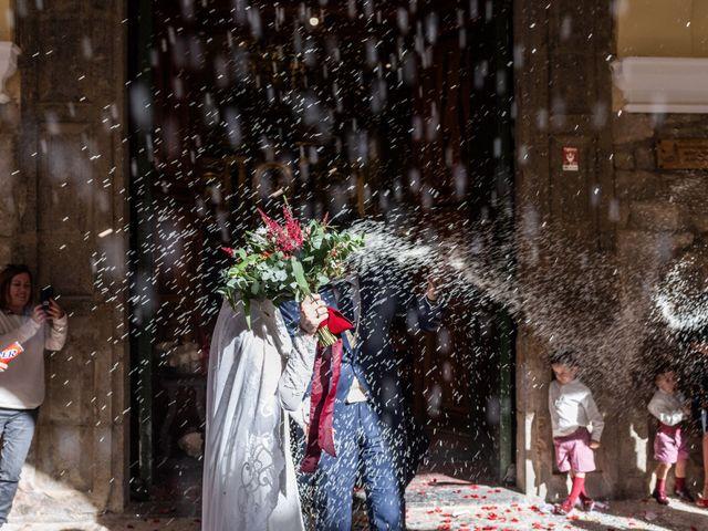 La boda de Javi y Laura en Segorbe, Castellón 13