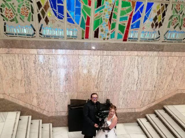 La boda de Gonzalo  y María  en León, León 6