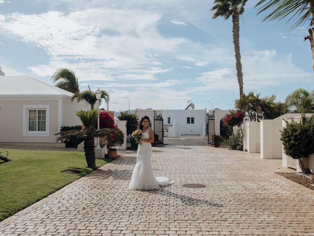 La boda de Victor y Lina en San Bartolomé, Las Palmas 35