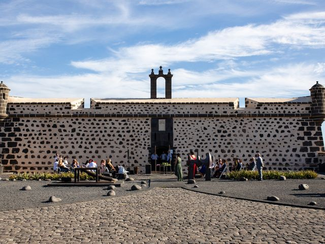 La boda de Victor y Lina en San Bartolomé, Las Palmas 44