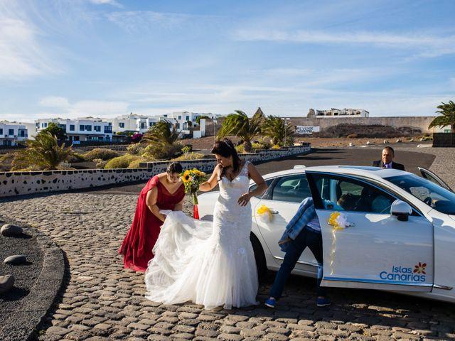 La boda de Victor y Lina en San Bartolomé, Las Palmas 45
