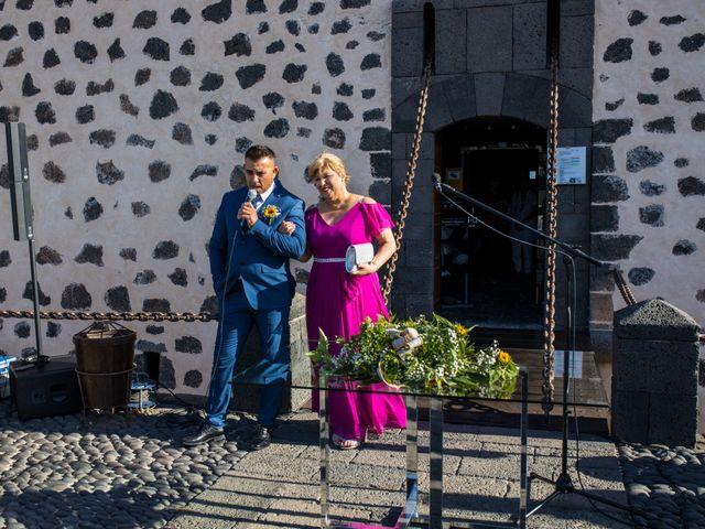 La boda de Victor y Lina en San Bartolomé, Las Palmas 46