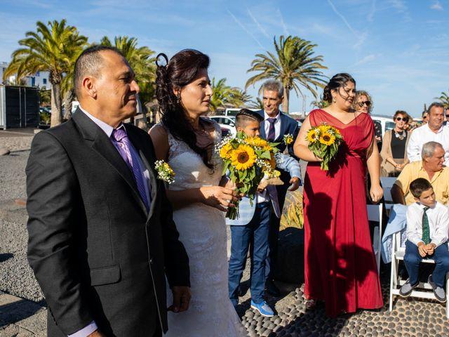 La boda de Victor y Lina en San Bartolomé, Las Palmas 47