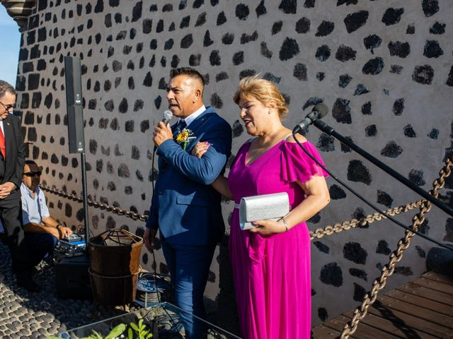 La boda de Victor y Lina en San Bartolomé, Las Palmas 48