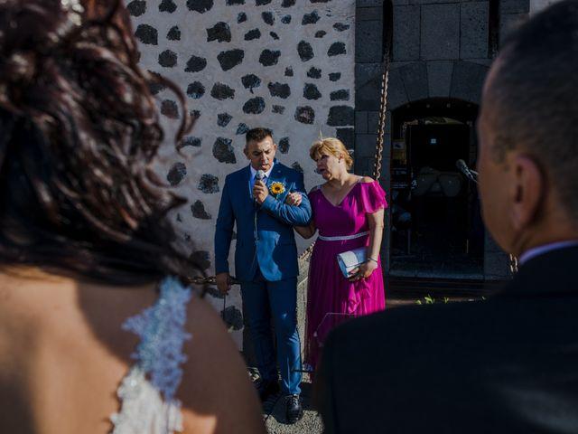 La boda de Victor y Lina en San Bartolomé, Las Palmas 49
