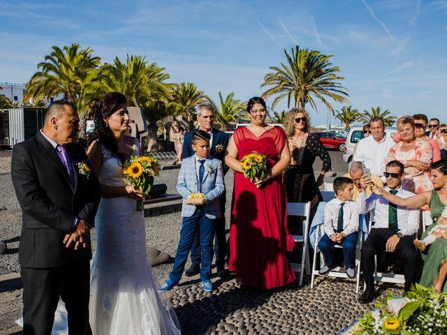 La boda de Victor y Lina en San Bartolomé, Las Palmas 51