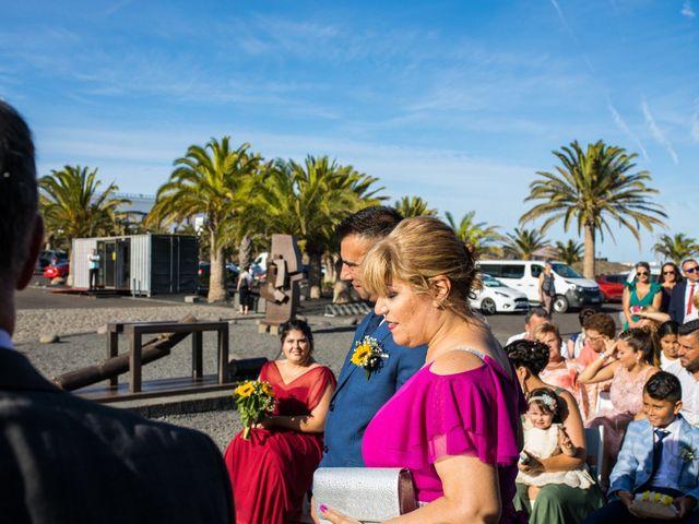 La boda de Victor y Lina en San Bartolomé, Las Palmas 53
