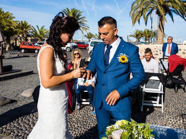 La boda de Victor y Lina en San Bartolomé, Las Palmas 55