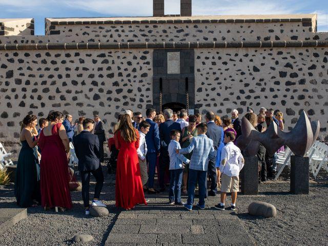 La boda de Victor y Lina en San Bartolomé, Las Palmas 56