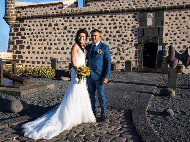 La boda de Victor y Lina en San Bartolomé, Las Palmas 69