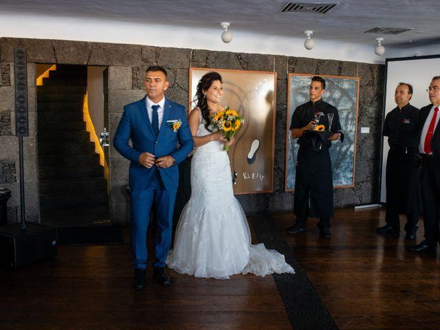 La boda de Victor y Lina en San Bartolomé, Las Palmas 73