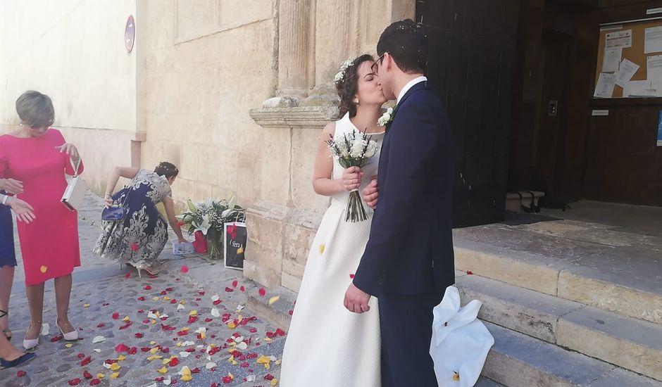 La boda de José Ángel  y Isabel en Chinchilla De Monte Aragon, Albacete