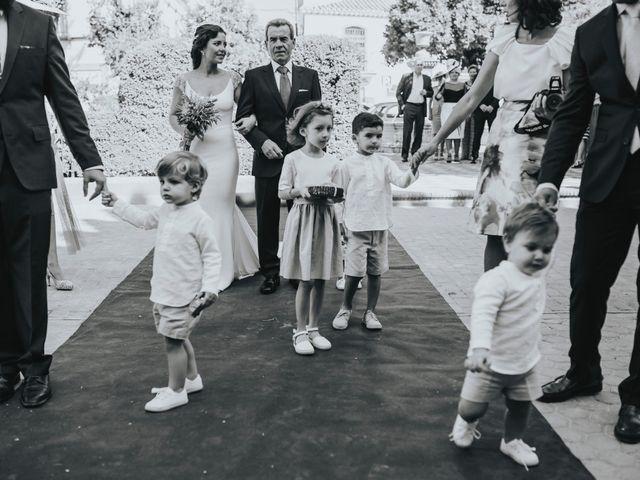 La boda de Pepe y Elena en Lora Del Rio, Sevilla 41