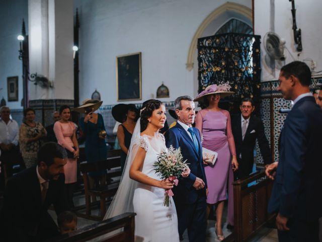 La boda de Pepe y Elena en Lora Del Rio, Sevilla 42