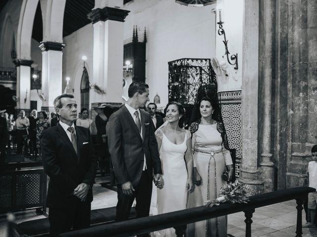 La boda de Pepe y Elena en Lora Del Rio, Sevilla 45