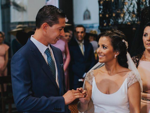 La boda de Pepe y Elena en Lora Del Rio, Sevilla 47