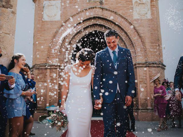 La boda de Pepe y Elena en Lora Del Rio, Sevilla 51