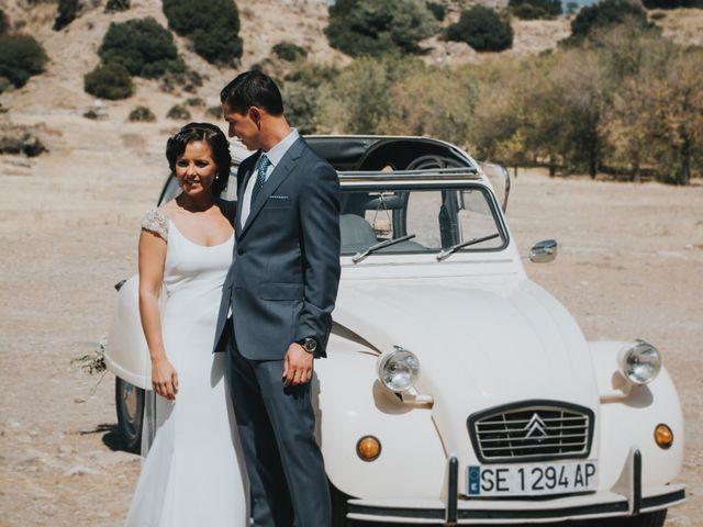 La boda de Pepe y Elena en Lora Del Rio, Sevilla 61