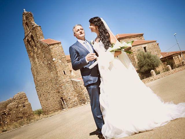 La boda de Miguel Angel y Vanessa en La Bañeza, León 1