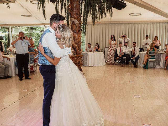 La boda de Raúl y Sonia en Madrid, Madrid 23