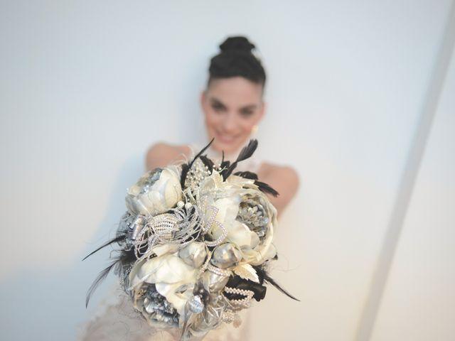 La boda de Juan y Julia en Miramar, Valencia 13