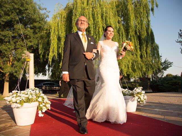 La boda de Adrián y Estefanía en Brunete, Madrid 15