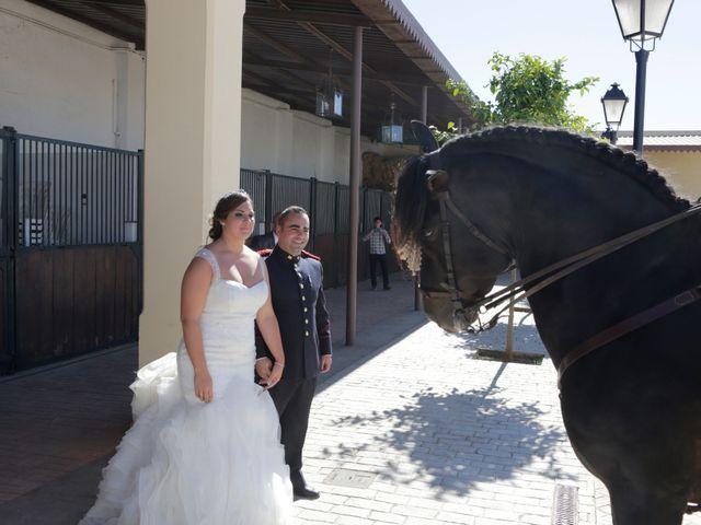 La boda de Jose Antonio y Virginia en Alcala De Guadaira, Sevilla 16